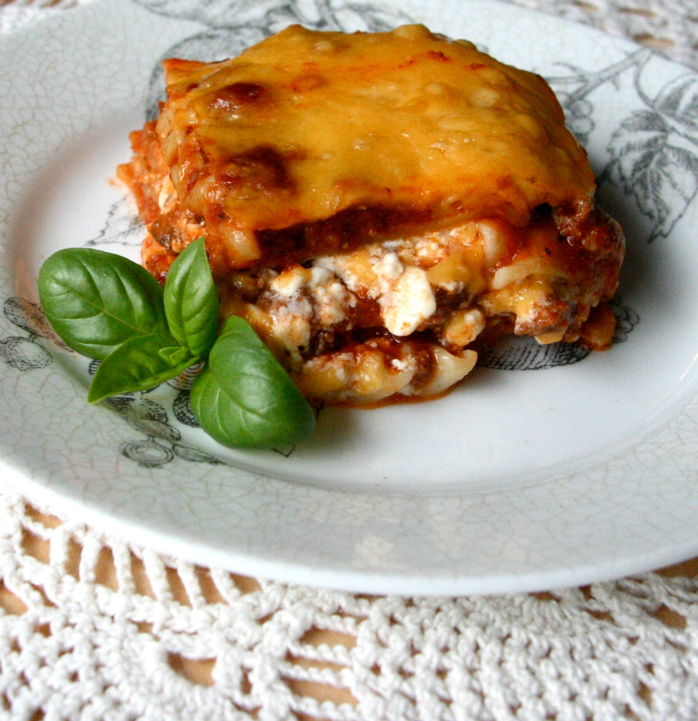 Homemade Lasagna | www.tryanythingonceculinary.com | Warm, cheesy and comforting the way lasagna should be. | #homemadelasagna #comfortfoodpasta